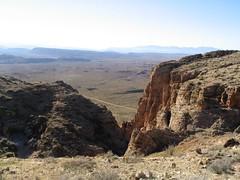 Rocky Descent Down Hurricane Cliffs, Utah-Arizona Border (Ken Lund) Tags: stgeorge utah southernutah slickrock redrock southwest zion