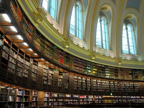 Biblioteca 70088651_779bebad07