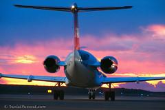 Airplane (Daniel Pascoal) Tags: sunset pordosol public airplane paraguay filme aviao collins nosmoramosnoflickr miamivice bombardier fokker filmagem paraguai fokker100 pthnl danielpg spacecam
