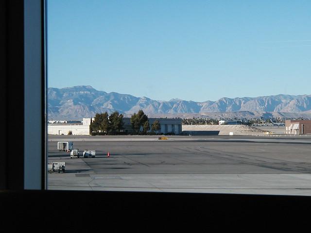 Las Vegas Airport by piehole