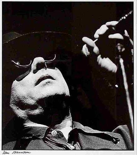 Et Van Morrison chantait... 71817687_062fb7f86e