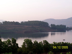 Beyond the lake II (Stratovarius) Tags: paragliding kamshet