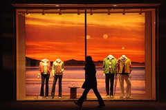 stage sunset (Dreamer7112) Tags: sunset orange 20d mannequin window fashion silhouette shop backlight night shopping contraluz schweiz switzerland noche design europe dummies mannequins dolls suisse suiza nacht colorfull canon20d zurich moda streetphotography silhouettes illumination warmth favorites schaufenster canoneos20d storefront favourites shopwindow backlit silueta storefronts zrich juxtaposition svizzera vetrina mode brand zuerich nuit sr siluetas windowshopping consumerism shopfront shopwindows brands eos20d bahnhofstrasse hilfiger plasticpeople tommyhilfiger escaparates mercadotecnia shopfronts  zurigo colourfull shoppingwindow shopdummies stuffbehindglass fashionbrands sr196 25faves  ostrellina