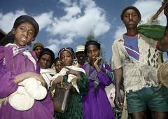 Ethiopian people looking at camera, Highlands, Ethiopia (Eric Lafforgue) Tags: voyage africa travel horn ethiopia tribo afrique eastafrica rimbaud etiopia abyssinia ethiopie etiopía äthiopien lafforgue abyssinie エチオピア abisinia etiopija habesistan አማርኛ ethiopië 埃塞俄比亚 ericlafforgue lafforguemaccom etiopien etiópia mytripsmypics αιθιοπία ©ericlafforgue 埃塞俄比亞 αβυσσινία абиссиния habeşistan abissinia אַביסיניע abessinien етиопия etiyopya אתיופיה эфиопия 에티오피아 이디오피아 種族 етиопија 衣索匹亚 衣索匹亞 اتیوپی