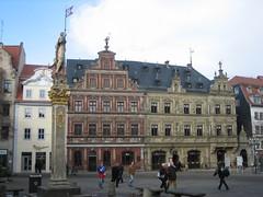 Haus zum breiten Herd, Erfurt (oliworx) Tags: building topv111 germany deutschland thringen topv333 erfurt 2006 thuringia topv222 topv100 fischmarkt mytown topv200 topv300 200602 ccby oliworx