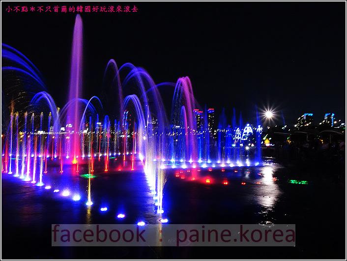 首爾纛島公園音樂噴泉 (78).JPG
