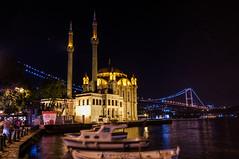 Ortaköy Mosque / Ортакёй (Kochum) Tags: light night turkey boats nikon istanbul mosque brige 1020 bosphorus ночь свет d90 мечеть sigma1020 мост турция bosphorusbridge лодки orakoy стамбул босфор ортакёй босфорскиймост
