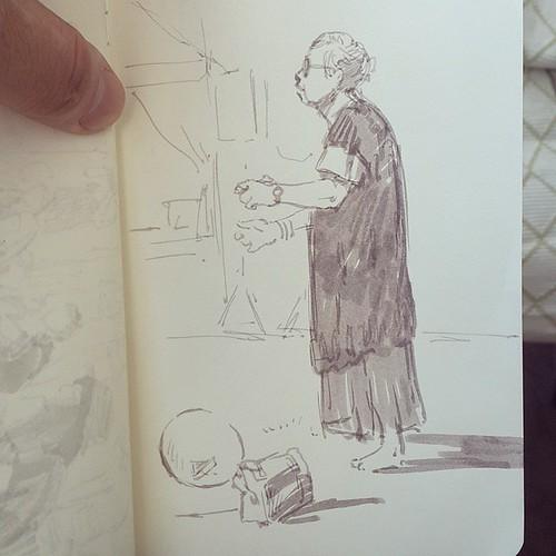 В парке танцевала прекрасная бабушка.. и была очень серьезна