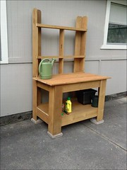 Potting Table (likewoodworking) Tags: diy woodworking pottingtable