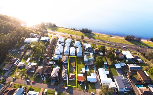 41 Jones Av, Warners Bay NSW 2282