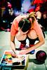 Les joueuses de Landi-Lampaul #handball dédicaçant leur affiche aux patients de l'hôpital avant leur match #championne #courage #grandcoeur (OlivierDREAN) Tags: f22 landilampaulhandball iso6400 50mm sonyalpha7rmarkii ilce7rm2 dédicace zeiss sony ze affiche handball milvus1450