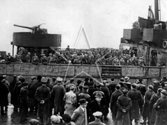 US Army arriving in Belfast, January 1942 (G.I.N.I) Tags: princessmaud chateauthierry usarmy 34thinfantrydivision 1942 26january1942 belfast dufferindocks pollockdock belfastlough belfastdocks americanexpeditionaryforce aef eto maidoforleans dunkirk royaldaffodil