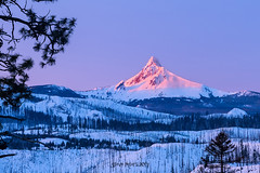 Mt. Washington Morning Light (TierraCosmos) Tags: mountwashington mountain sunrise snow landscape oregon cascades