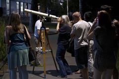 """Maria richtet Teleskop auf die Planeten • <a style=""""font-size:0.8em;"""" href=""""http://www.flickr.com/photos/39658218@N03/19219298118/"""" target=""""_blank"""">View on Flickr</a>"""