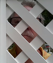 Thru the fence 21/365 (Eric.Ray) Tags: outdoor cellphone days 365 selfie 21365