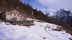 Baita Grignasco (Marco MCMLXXVI) Tags: none alagna valsesia piemonte italy alps alpi mountain montagna scenery landscape vista view panorama outdoor hiking winter snow inverno baita grignasco stofful escursionismo neve sony ilce6000 a6000 pz1650 mountainside refuge hut chalet rifugio building rocks ancient nature natura
