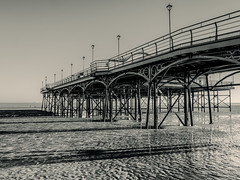 Cleethorpes 17.12.2016 (Reynard_1884) Tags: olympusomdem5 olympus seasideresort northeastlincolnshire lincolnshire pier greatbritain micro43rds em5 cleethorpes blackandwhite mirrorless monotone coastaltown microfourthirds mono blackwhite beach silverefexpro2 monochrome artinbw seaside bw riverhumber mu43 england seafront coast uk olympusomd