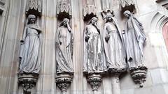 ...und sieben törichte Jungfrauen. (wolfgangstreit) Tags: dom magdeburg jungfrauen skulptur allegorie