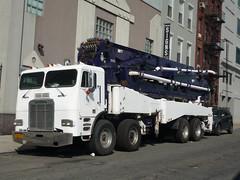 Freightliner (JLaw45) Tags: newyork newyorkcity nyc bigapple newyorkmetroarea manhattanisland unitedstates unitedstatesofamerica northeast newyorkstate state usa metropolitanarea metroarea metropolitan metropolis vehicle motorvehicle nycvehicle nyvehicle newyorkcityvehicle nyccar nycar newyorkcitycar newyorkcar lorry truck commercialvehicle workvehicle commercialtruck cabover americantruck freightliner freightlinercabover freightlinertruck daimler 8x4 8x8 cabovertruck