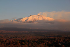 Etna sunset (piero.mammino) Tags: etna sicily snow sicilia neve vulcano volcano bosco wood cielo sky mountain montagna tramonto sunset nuvola cloud twop