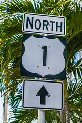 Beginning or end? (Thad Zajdowicz) Tags: zajdowicz keywest florida sign highway us1 letters words writing test type trees palms bokeh availablelight lightroom outdoor outside canon eos 7d 50mm primelens dslr digital