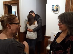"Vernissage ""Certains peintres transforment le soleil en un point jaune; d'autres transforment un point jaune en soleil "" (Leelooart) Tags: exposition collective mptresart gallery galeriemptresart marielauzon leelooart célinepellerin luctessier alexislapointe mélaniepoirier mpsuppart durham art artiste artistes musicien music musique smile sourire ambiance beautiful beautifulmoment"