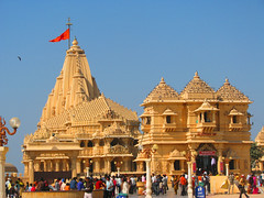 Somnath Mandir - Desibantu (sajjidmitha1) Tags: jyothirlinga sivatemples templesinindia godshiva lordshiva shiva shivapuranaspiritualliteratureofindiavedas shivatemple shivalinga sivashiva