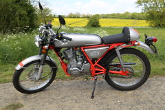 Skyteam Ace 125 (James-Terry) Tags: red bike honda that grey cafe cg motorbike motorcycle racer 125cc learner skyteam i