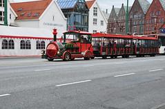 Pociąg wycieczkowy w Bergen | Sightseeing train in Bergen