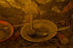 MEMORIES 3 (MARIDAKIS LEFTERIS) Tags: παλια σπηλι παλιοσπιτι πιατα πηρουνι 20157d κουταλι