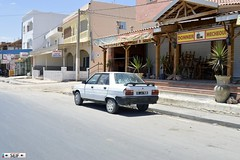 Renault 9 Tunisia 2015 (seifracing) Tags: world rescue cars europe cops traffic tunisia military transport police security ambulance renault toyota bmw emergency polizei mitsubishi spotting services policia tunisie opel brigade urgence armed tunisian polizia 2015 tunisienne seifracing
