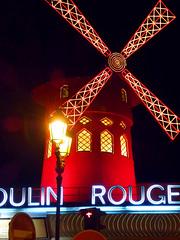 Moulin Rouge (Toni Kaarttinen) Tags: paris france mill windmill sign club night moulin rouge lights evening frankreich neon dancing frana montmartre cancan frankrijk cabaret moulinrouge prizs francia iledefrance parijs parisian pars  parigi frankrike pigalle redmill  pary   francja ranska pariisi  franciaorszg  francio parizo  frana