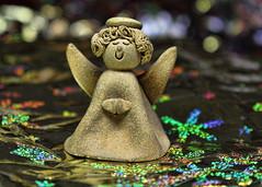 Golden Little Angel (Helen Orozco) Tags: slidersunday hss gold topaz photoshop angel golden
