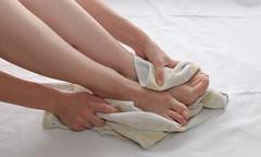 أفضل الوصفات لتقشير القدمين في الخريف (Arab.Lady) Tags: أفضل الوصفات لتقشير القدمين في الخريف