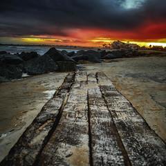 Red Sky (Artista Imagini) Tags: staugustine florida vilano beach astoundingimage wood