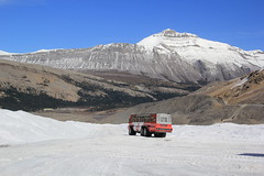 Snowcoach, Canada. (Seckington Images) Tags: canada flickr snowcoach snow coach