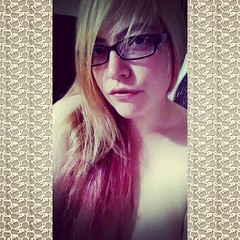 Blonde and pink again =) (★Triple X ★) Tags: sexy nerd bbw goth juggalo juggalette gothicbbw bbwglasses