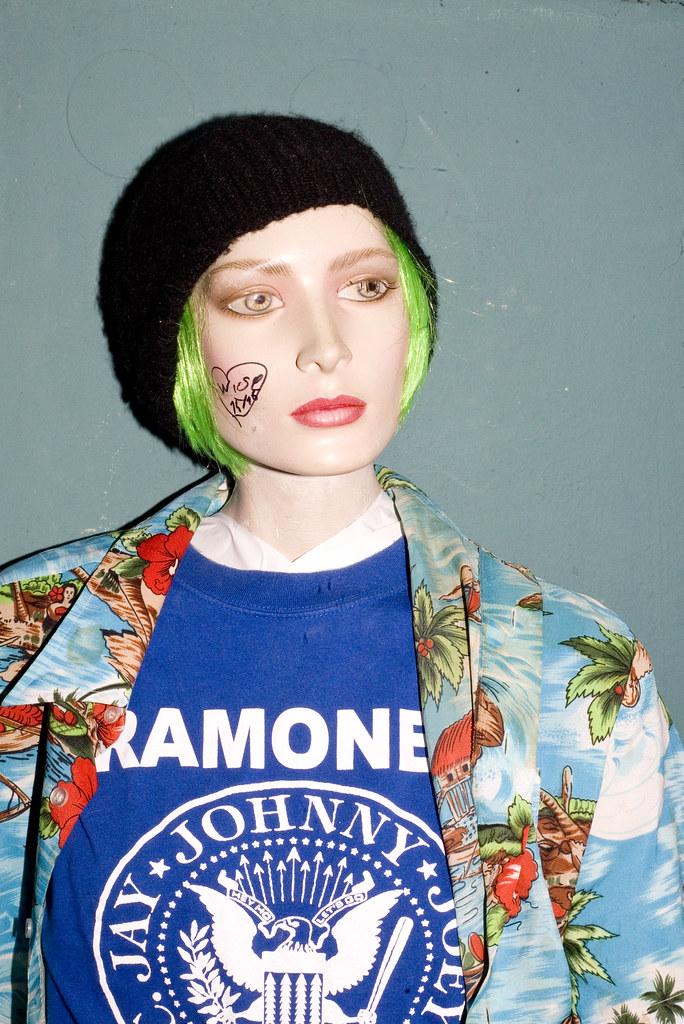 Portrait 103 Tags Portrt Ramones Mode Frankfurt Nachtleben Disco Subkultur Grne Haare