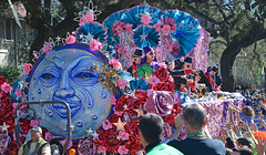 Full Moon (BKHagar *Kim*) Tags: bkhagar mardigras neworleans nola 2016 parade street napoleon people carnival celebration colorful midcity krewe moon float