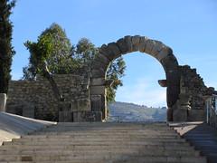 South Gate arch and staircase, Volubilis, Morocco (Paul McClure DC) Tags: morocco almaghrib fèsmeknèsregion volubilis jan2017 roman architecture historic