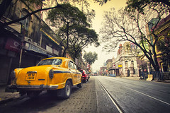 City of Joy || Kolkata (The Canon Fanboy) Tags: cityofjoy kolkata india traveldiaries travelling explore loveforphotography beyondbokeh canon bobbyroy street photographersofindia naturelovers natgeotravel lonelyplanetindia