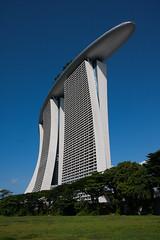 Marina Bay Sands (China Chas) Tags: architecture hotel singapore engineering 1022mm moshesafdie arup marinabay 2015 gardensbythebay marinabaysands