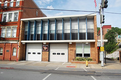 Engine 5 - Cincinnati (kyfireenginephoto) Tags: urban otr vinestreet firestation firehouse brickbuilding cfd enginecompany ohiofire