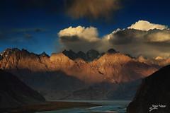 Khaplu (Max Loxton) Tags: pakistan skardu gilgitbaltistan khaplu indusriver travelpakistan towardspakistan imagesofpakistan beautifulpakistan mountainsofpakistan yasirnisar yasirnisarphotography maxloxton maxloxtonfilms