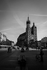 St. Mary's Basilica (dressk) Tags: st marys basilica church krakow poland polska europe city architecture travel nikon d40x nikond40x black white bw blackwhite