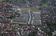 IMG_5849_RAW (jeremy!) Tags: garudaindonesia indonesia surabaya surabaya2016 canoneosrebelt1i canon1740mm city buildings