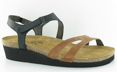 "Naot Janis sandal maple brown black • <a style=""font-size:0.8em;"" href=""http://www.flickr.com/photos/65413117@N03/32544986251/"" target=""_blank"">View on Flickr</a>"