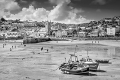 St Ives - Cornwall (nick170260) Tags: bw canon blackwhite cornwall stives 2009 canon400d cornishharbour macphun lightroom5 tonalitypro noiselesspro