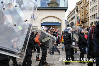 Proteste gegen Kundgebung der Widerstand Ost/West (WOW) - 20.06.2015 - Frankfurt am Main - IMG_9968