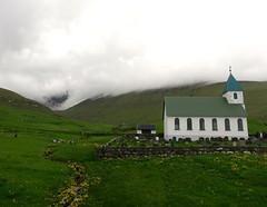 Invading clouds (Jaedde & Sis) Tags: føroyar faroeislands gjógv kirkja church herowinner challengegamewinner gamewinner gamex2 ultrahero herohof gamex3